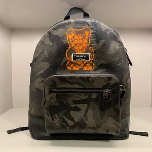 NWT COACH WEST BACKPACK WITH VANDAL GUMMY